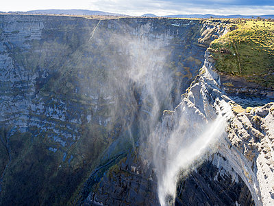 Spain, Basque Country, Euskadi, Waterfall of Nervion source, Canyon de Nervion - p300m2104182 by Albrecht Weißer