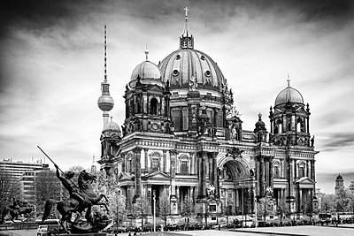 Berlin - p416m1498145 von Jörg Dickmann Photography