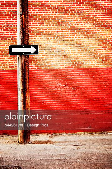 p4423178f von Design Pics