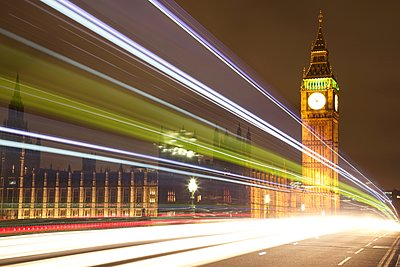 Westminster Bridge - p1399m1442058 by Daniel Hischer