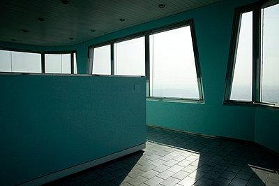 Interieur vom Zizkower Fernsehturm - p3880666 von L.B. Jeffries