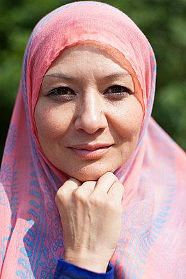 Muslim - p586m855070 by Kniel Synnatzschke