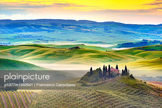 p1377m1392641 von Francesco Carovillano