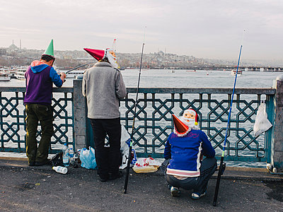 Oriental fishing at christmas - p1085m855335 by David Carreno Hansen