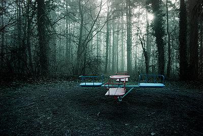 Spielplatz - p992m1194594 von Carmen Spitznagel