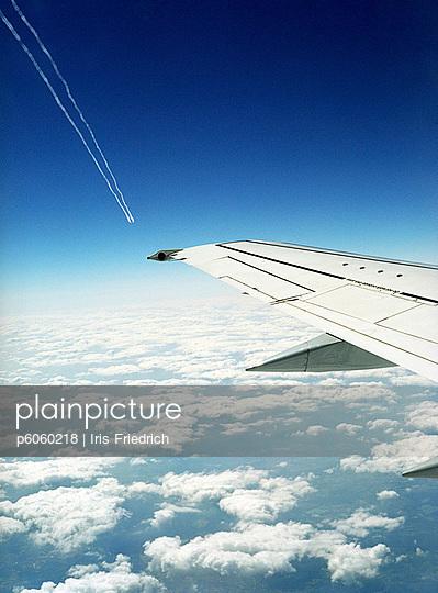 Airfoil - p6060218 by Iris Friedrich