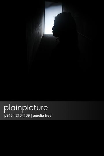 Child in the cellar - p945m2134139 by aurelia frey