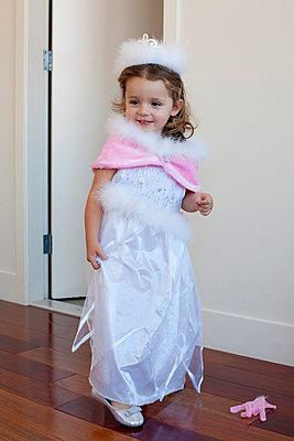 Little fairy - p7560166 by Bénédicte Lassalle