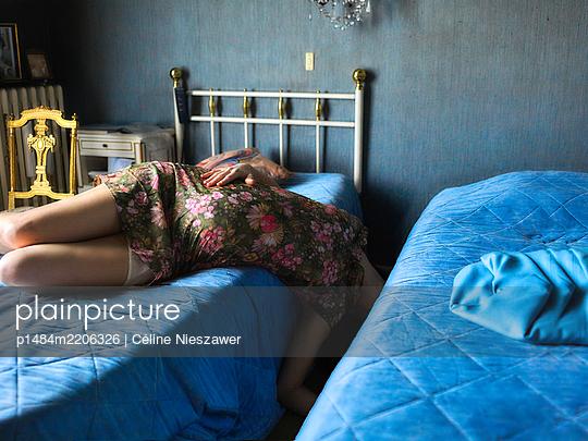 p1484m2206326 by Céline Nieszawer