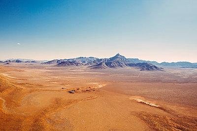Sossusvlei, Namib Desert - p642m892578 by brophoto