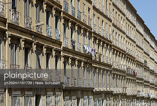 Wohnhäuser in Marseille - p1292m1161739 von Niels Schubert