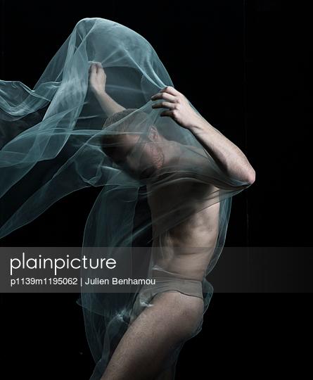 p1139m1195062 by Julien Benhamou