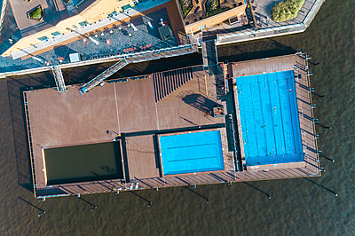 Allas Sea Pool from above - p1332m1572954 by Tamboly
