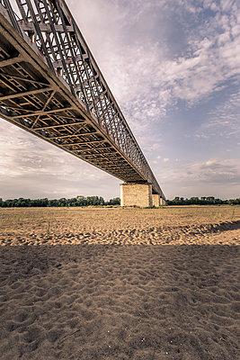 The Saumur Railway Bridge - p1402m2110567 by Jerome Paressant