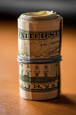 Dollar money roll - p1418m2133287 by Jan Håkan Dahlström