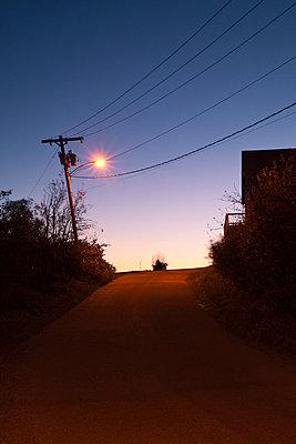 Straße bei Nacht - p3300443 von Harald Braun