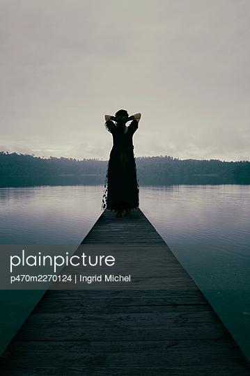 Evening mood on Lake lanthe  - p470m2270124 by Ingrid Michel