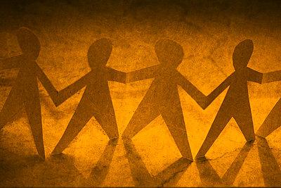 Menschenkette    - p450m1207578 von Hanka Steidle