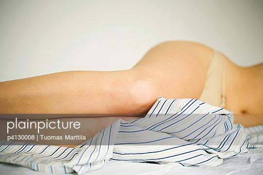 Legs - p4130008 by Tuomas Marttila
