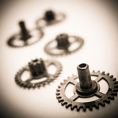 Gear wheels close-up - p813m1217385 by B.Jaubert