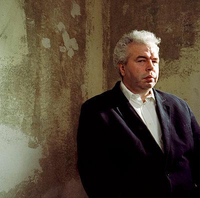 Portrait - p990m694926 von Michael Dooney
