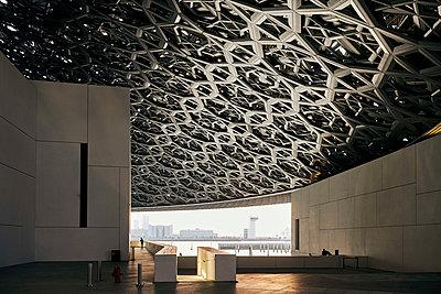 Abu Dhabi, Louvre - p1164m2108924 von Uwe Schinkel