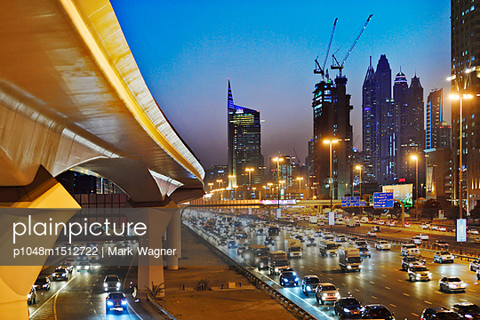 Dubai Internet City rush hour motorway traffic E11 - p1048m1512722 by Mark Wagner