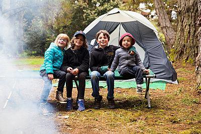 Children at camping site - p756m1464788 by Bénédicte Lassalle