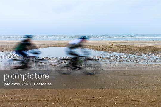 Strandrennen - p417m1108970 von Pat Meise
