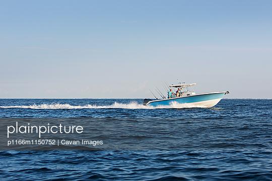 p1166m1150752 von Cavan Images