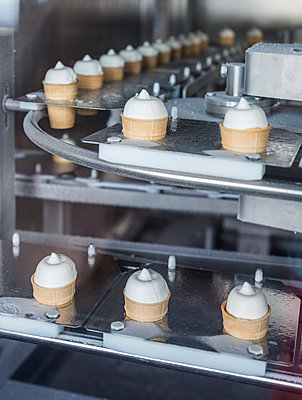 Ice cream factory, soft serve - p390m2013414 by Frank Herfort