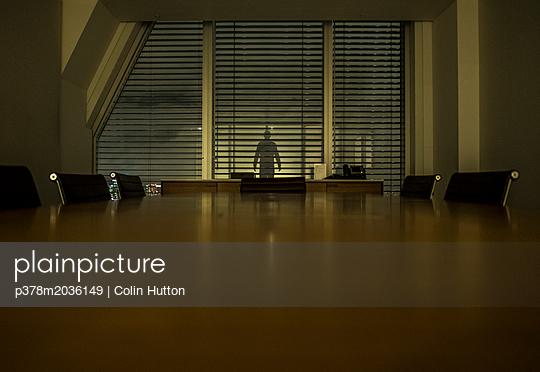 p378m2036149 von Colin Hutton