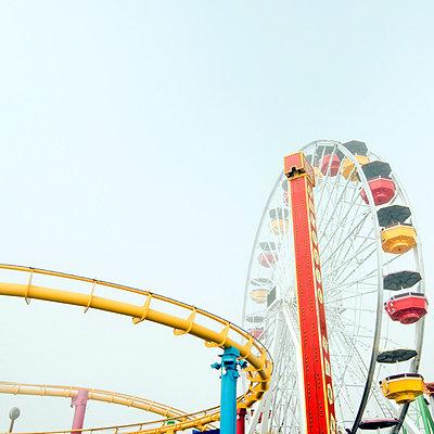 Wonder wheel - p5410101 by Sylvia Serrado