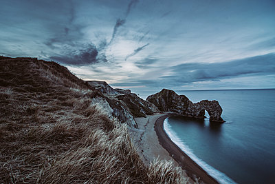 Blue hour at the sea - p1326m2099803 by kemai