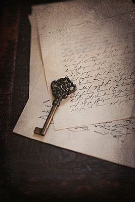 Key on old letters - p946m951097 by Maren Becker