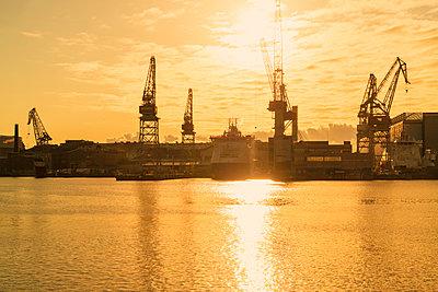 Sunset at West harbor and Munkkisaari - p1332m1572966 by Tamboly