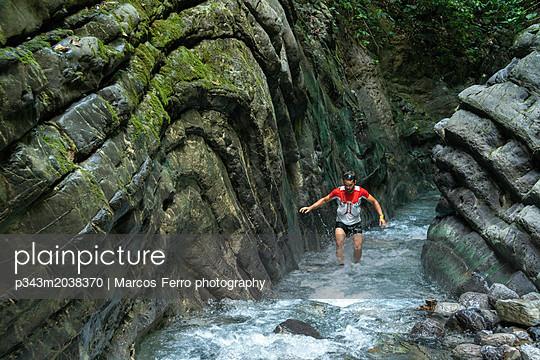 p343m2038370 von Marcos Ferro photography