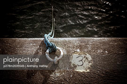 p378m2035549 von Anthony Hatley