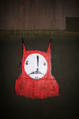 Bat face graffiti - p1125m952123 by jonlove