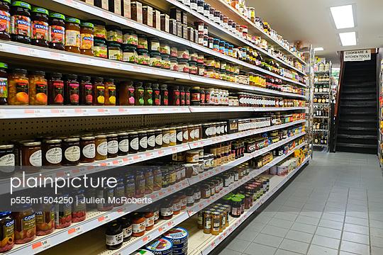 jars of food in supermarket aisle - p555m1504250 by Julien McRoberts