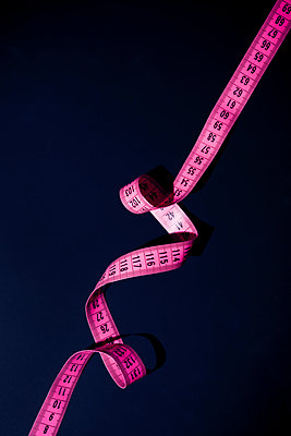 Measuring tape - p1149m2086725 by Yvonne Röder