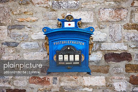 Germany, Erfurt, Letterbox - p851m2186154 by Lohfink