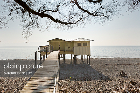 Hut at the lakeside - p248m898672 by BY