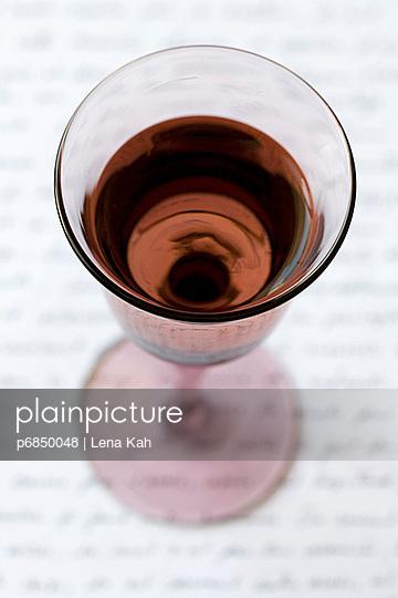 Texte und Wein - p6850048 von Lena Kah