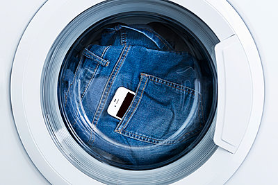 In der Waschmaschine - p1149m1474992 von Yvonne Röder