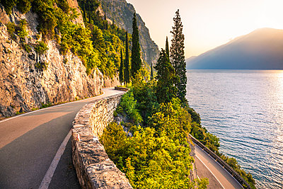 Scenic SS45 road on the west side of Garda Lake. Brescia district, Lombardia, Italy - p651m2033073 by Stefano Termanini