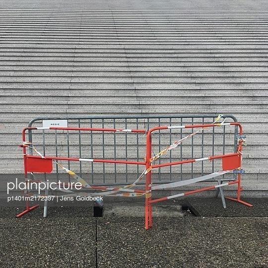 Cordoned flight of stairs, La Défense, Paris - p1401m2172397 by Jens Goldbeck