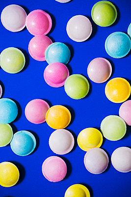Fizzy candy - p1149m2127149 by Yvonne Röder