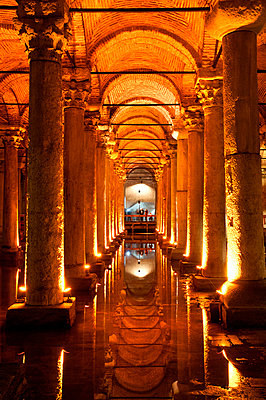 Interior view of the Basilica Cistern beneath the streets of the Old City of Istanbul, Turkey. - p343m700773 by Thomas Pickard