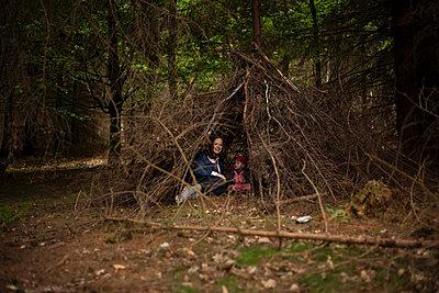 Waldhütte - p906m946096 von Wassily Zittel